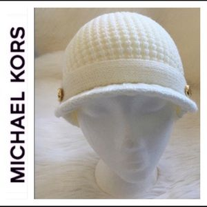 Michael Kors hat